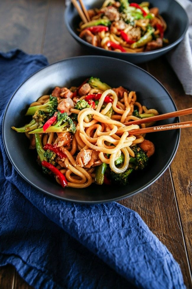 Easy chicken and broccoli noodle stir fry | MyKoreanKitchen.com