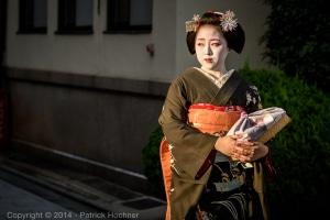 Maiko strolling around Miyagawa