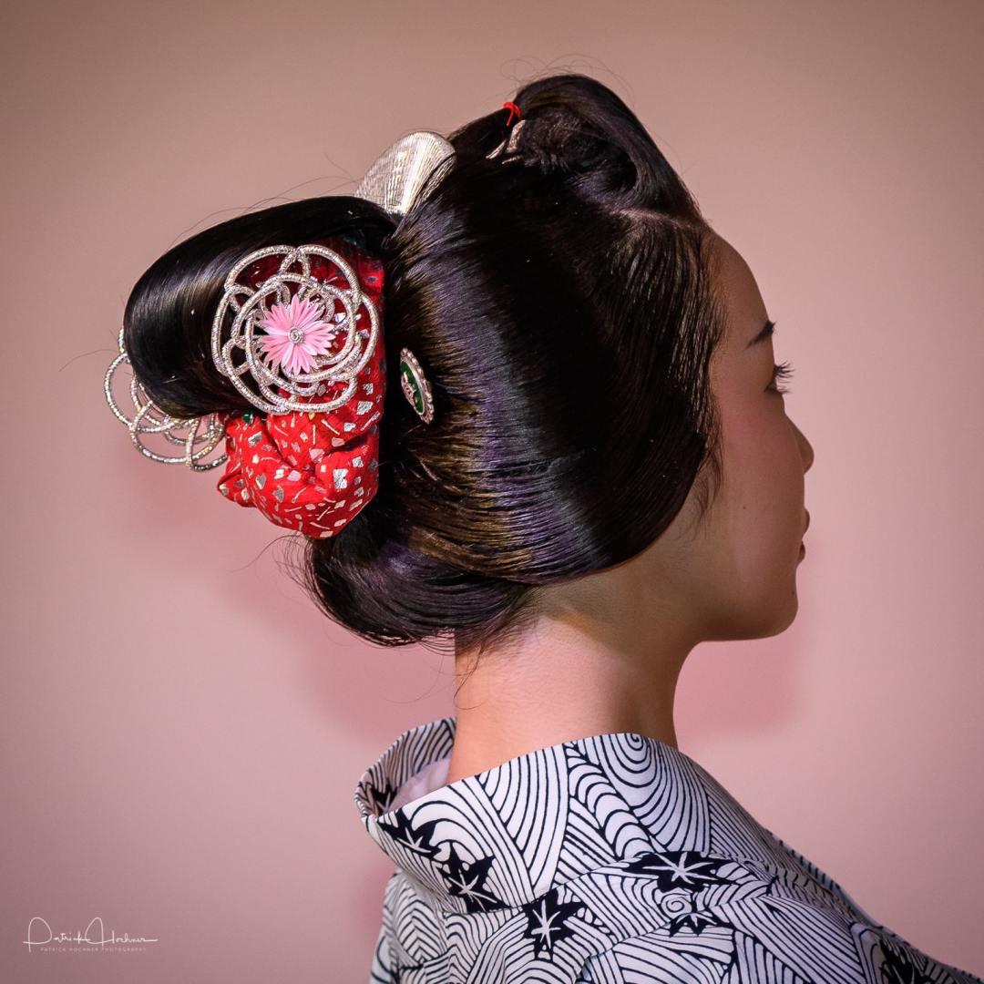 Maiko Fukutomo with Katsuyama hairstyle