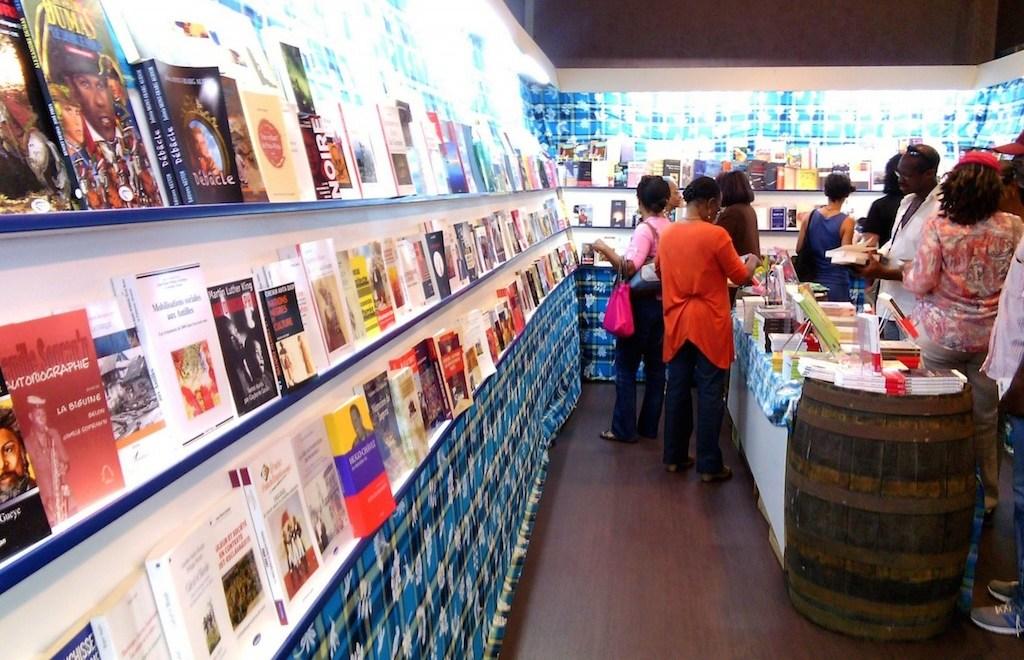 Economie du livre dans la Caraibe : peu de statistiques, de lecteurs et de perspectives