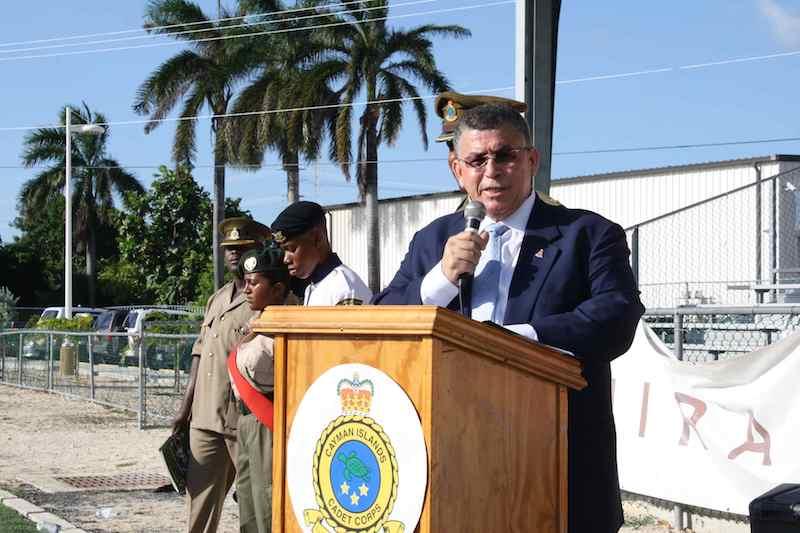 Flashback Caraibe : le Caymanais McKeeva Bush