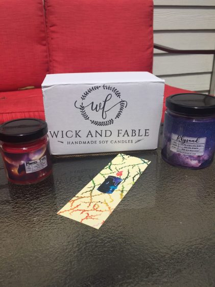 Bookish Candle Review: Wick and Fable