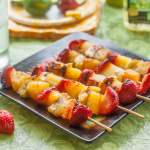 These grilled banana split kebabs are a fun dessert and perfect for a summer impromptu dinner with family and friends. Just add a scoop of ice cream and a bit of chocolate sauce and you are good to go!