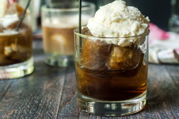This boozy root beer float can be made 2 different ways.  Using root beer or ice cream flavored ice cubes or Root liqueur and cream you can have a tasty drink or boozy dessert that's even low carb!