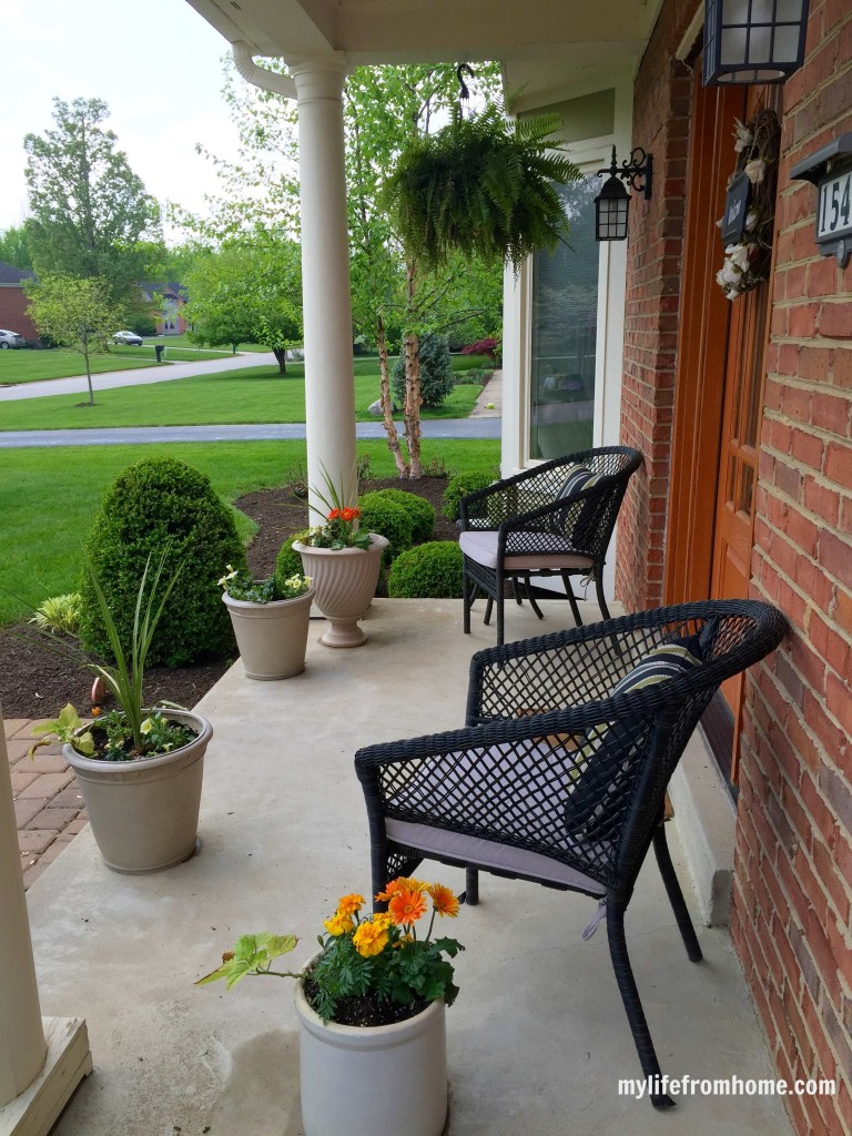 Spring Porch Ideas & Inspiration by www.whitecottagehomeandliving.com