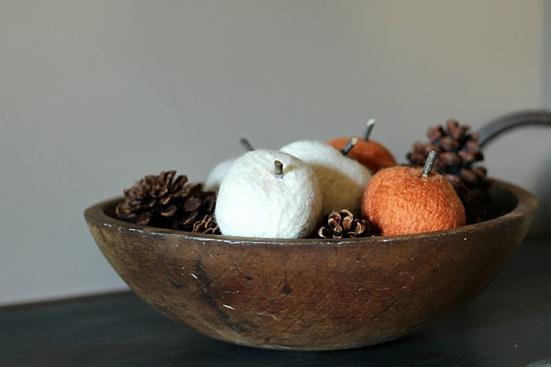 Felted dryer ball pumpkins