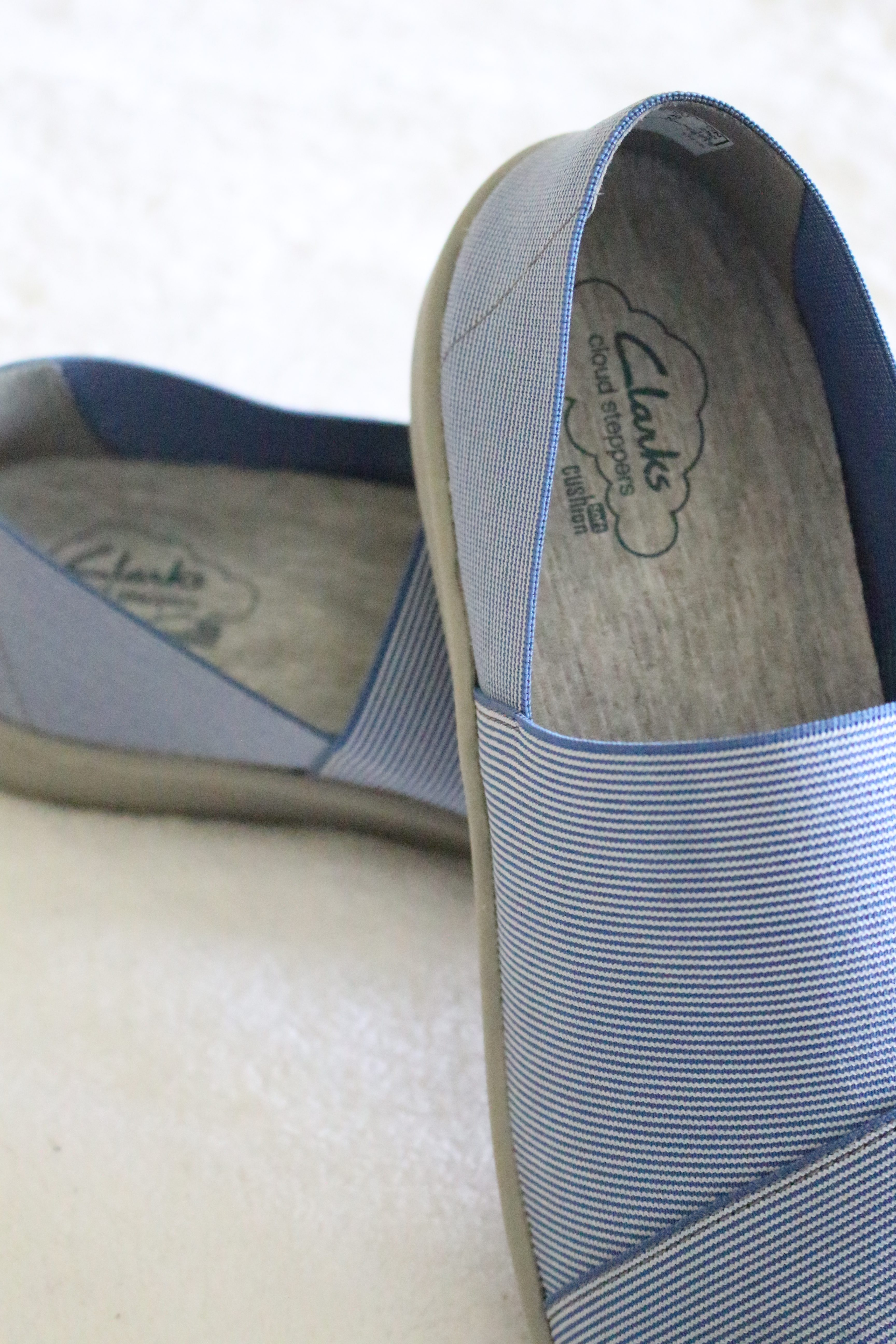 Clarks cloud stepper for versatile shoes with comfort by www.whitecottagehomeandliving.com