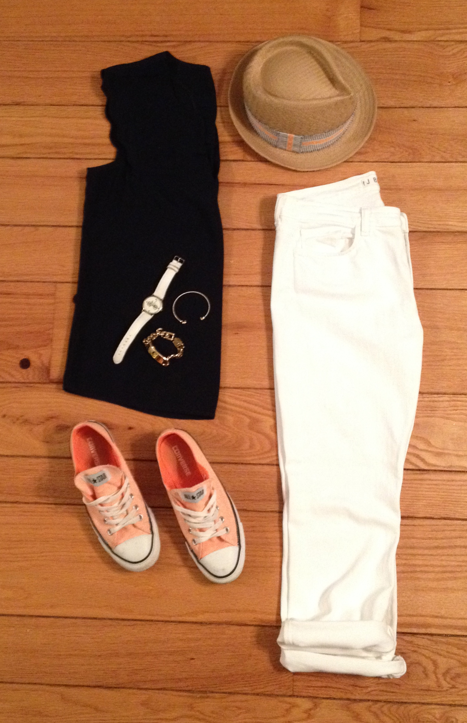 Sleeveless Top, White Denim & Converse Outfit