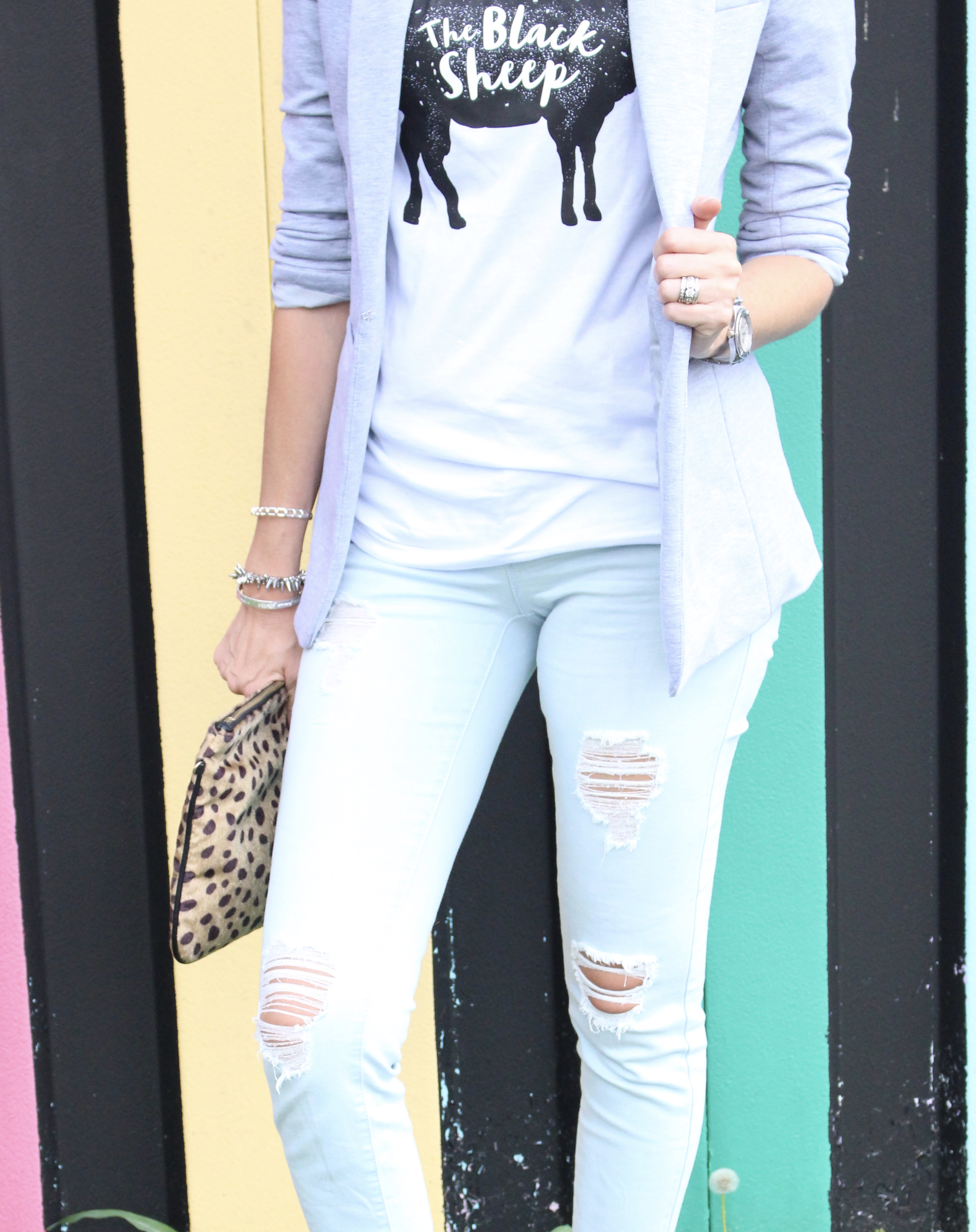 Graphic Tee and Distressed Denim Outfit by Glamour Farms | fall fashion | women's fashion | outfits | fall outfits | denim | styled denim