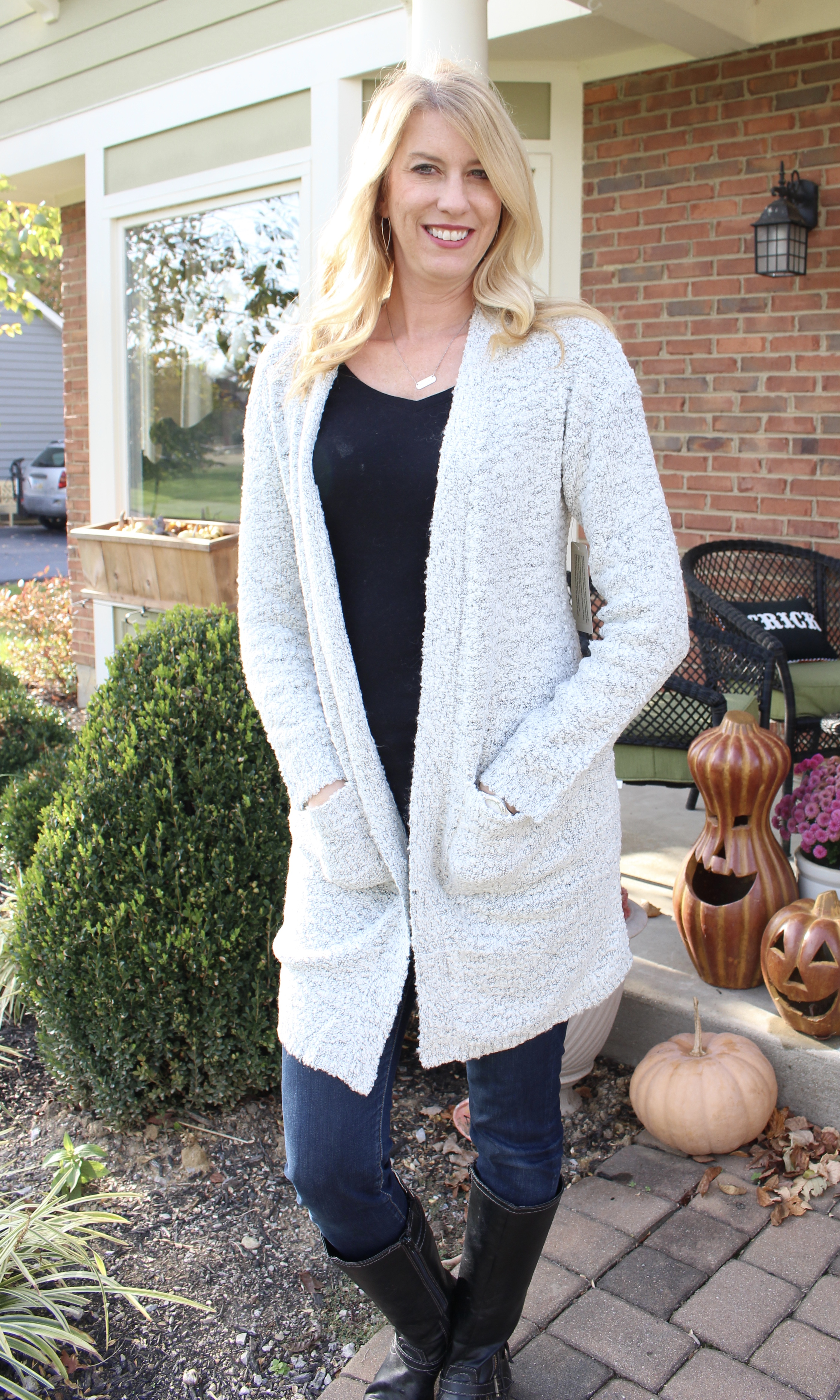 Stitch Fix- cardigan sweater- fall and winter fashion- women's fashion- wardrobe- personal styling box- monthly subscription box- casual look- style- outfits