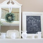 Decorate Your Mantel: Farmhouse Summer Mantel
