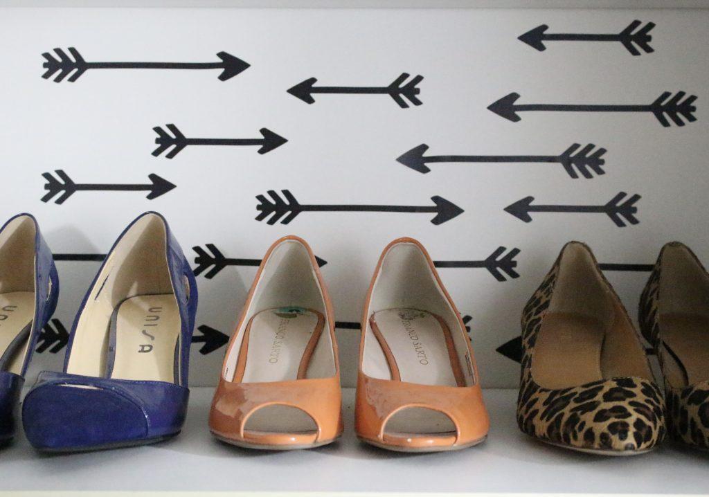 A full boutique closet reveal- master closet- closets- organizing closets- do it yourself- DIY- DIY projects- decoration ideas- room decor ideas- room design- home decor- closet decor- boutique- closet organization- shelf organization- shoe organization