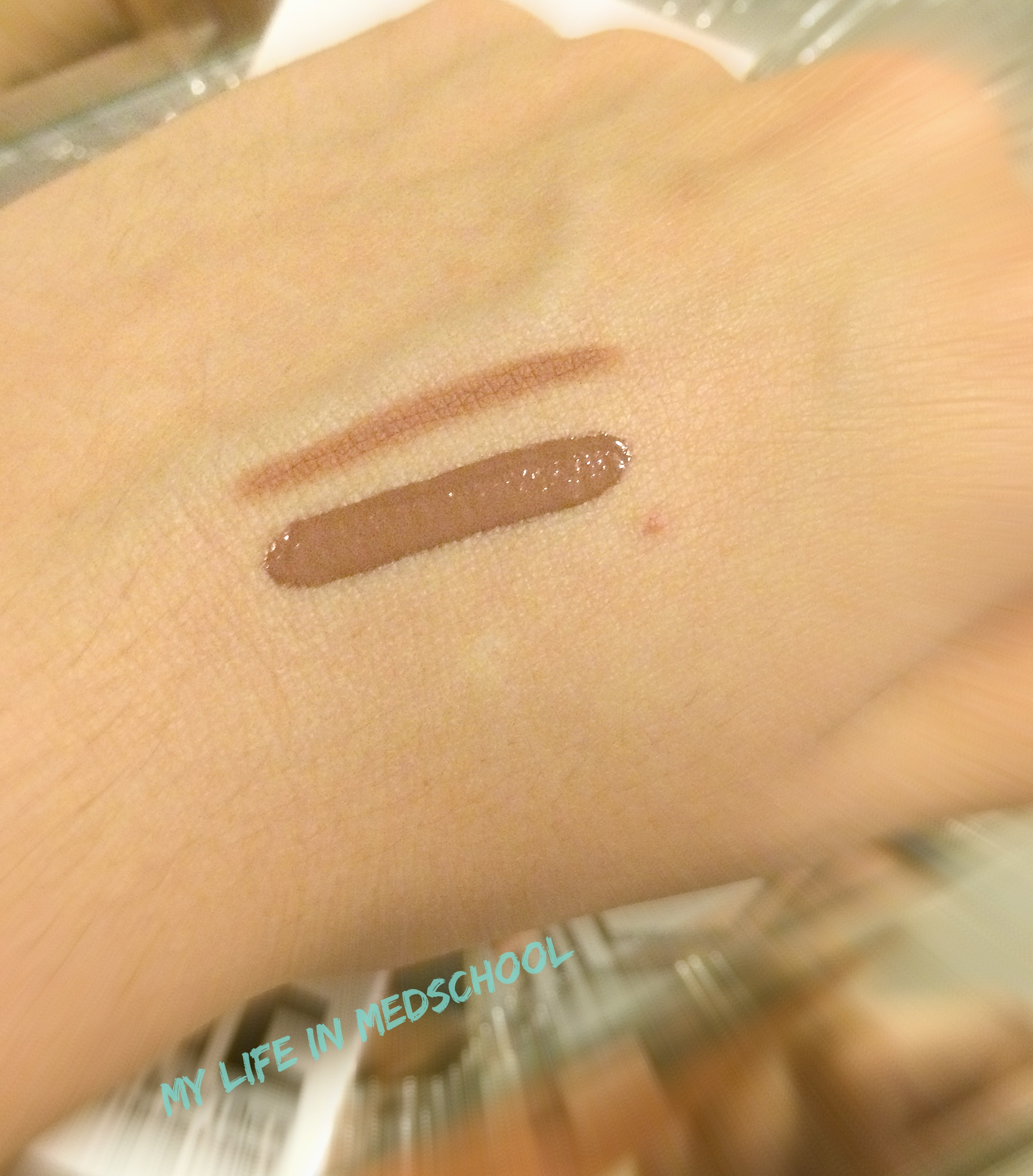 Dolce K pale swatch
