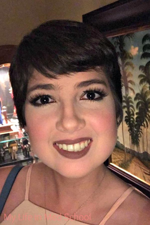 bronze-christmas-eve-makeup