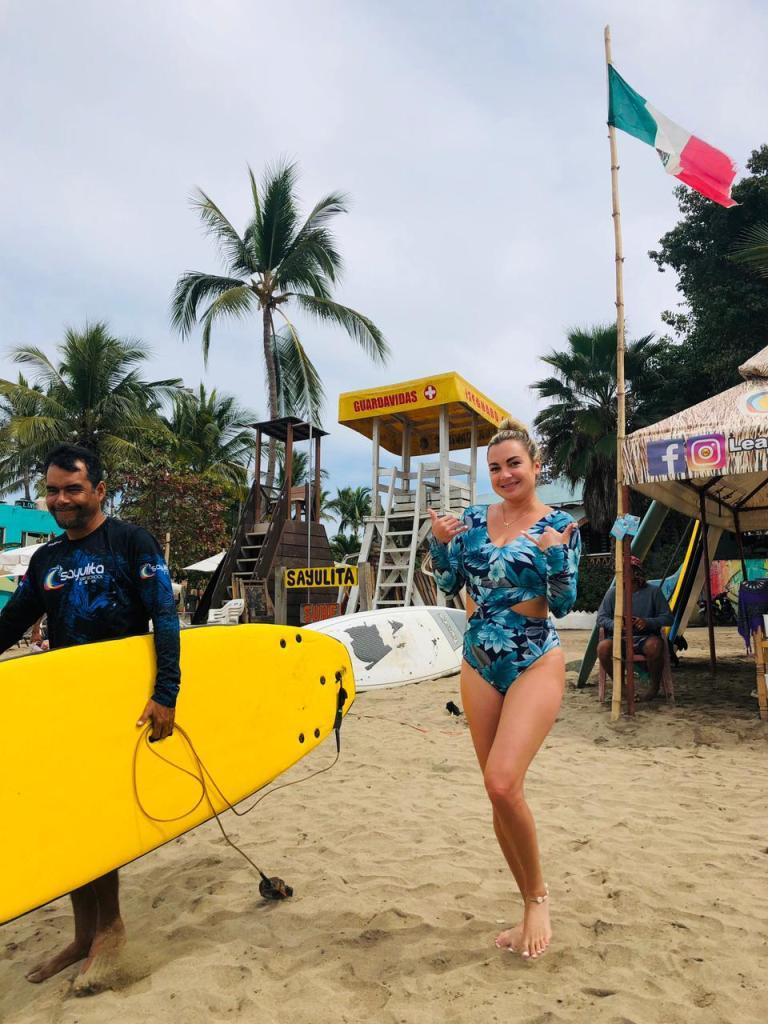 como aprender a surfar em sayulita