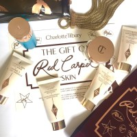 NEW -Charlotte Tilbury's - The Gift Of Red Carpet Skin Travel Kit
