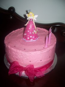 Buttercake with pink frosting