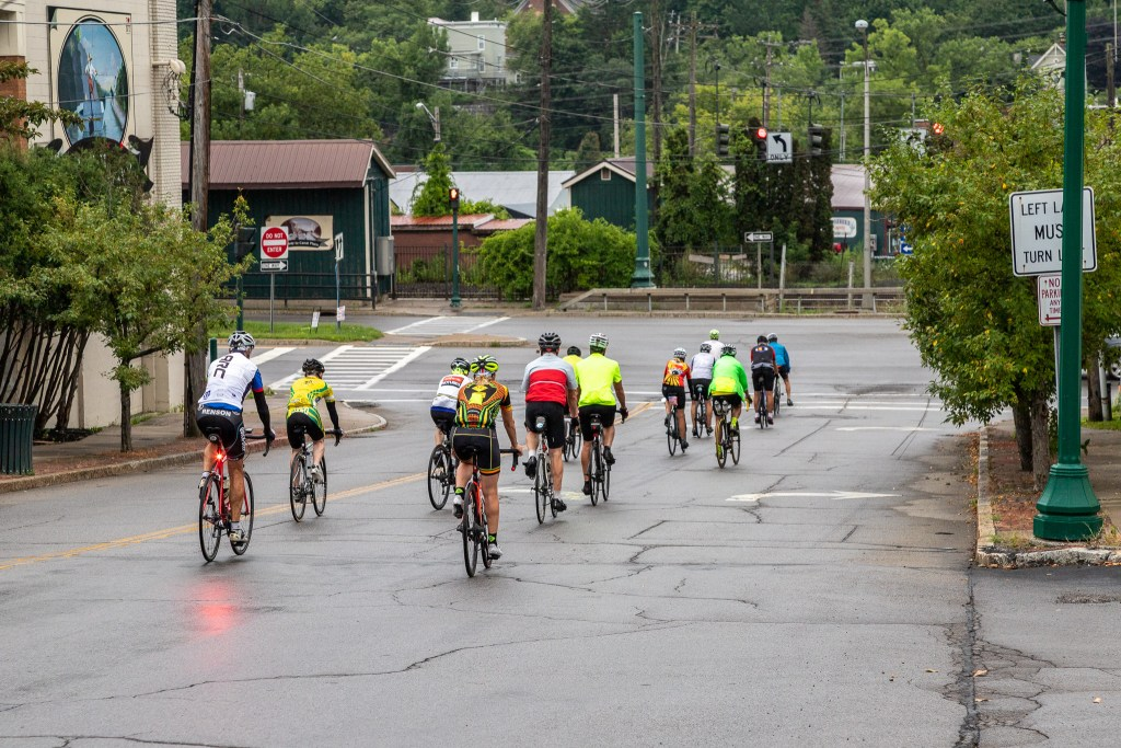 The second group of riders head out on the beginning of today's leg.