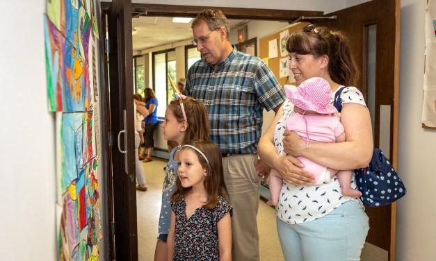 Community Outreach Hosts Reception for Kids Art Show