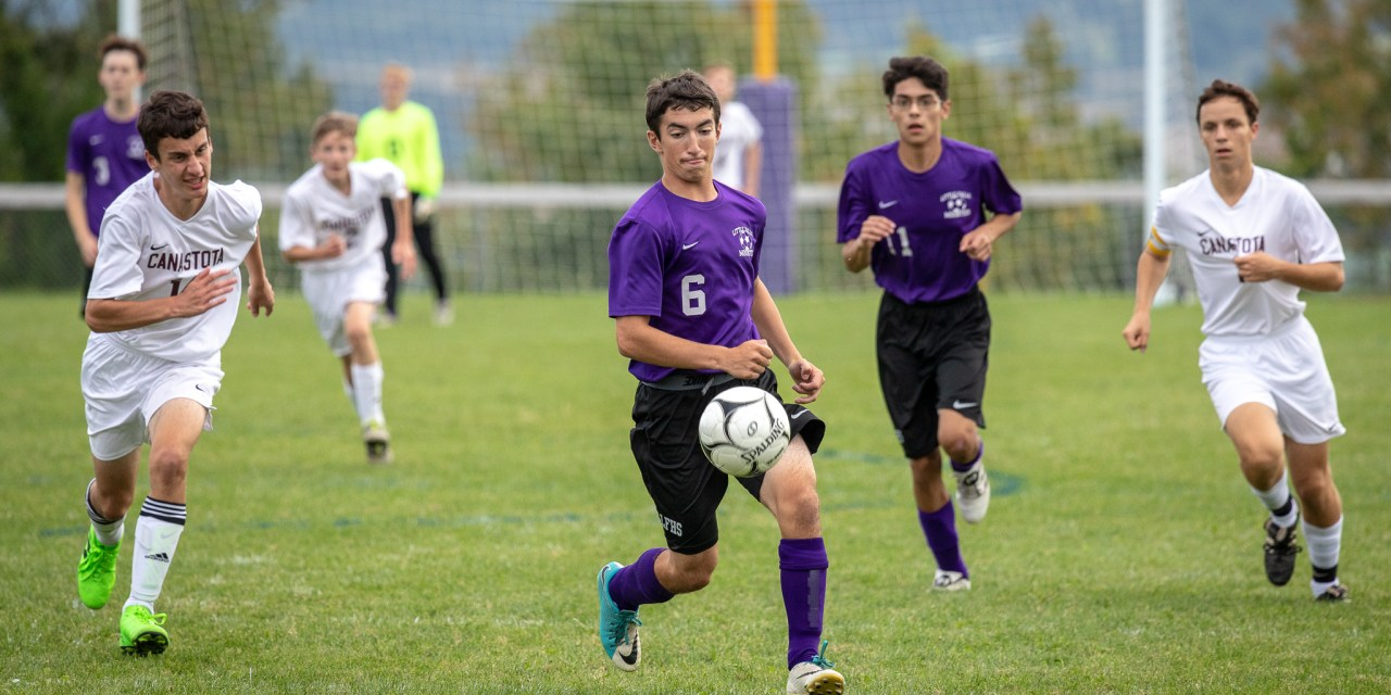 Mounties slip past Canastota with 4-3 win