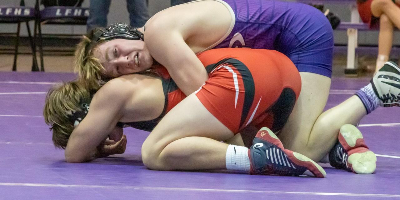 Scarano losses bid to win state championship in wrestling