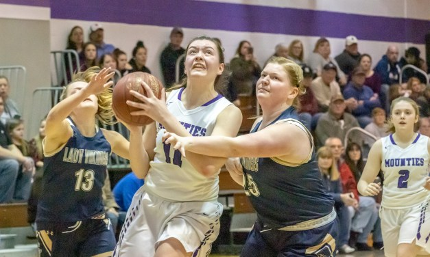 Mounties power past Vikings in 67-32 Sectional win