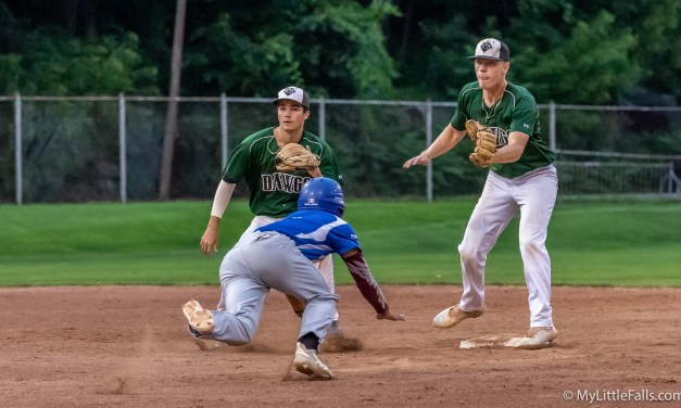 Diamond Dawgs Ride Six-Run Seventh To Grab Comeback Win Over Utica