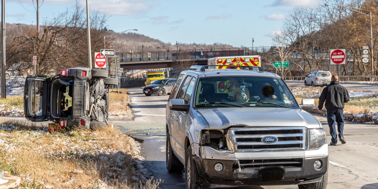 Accident ties up traffic on Route 5 south of the American Legion