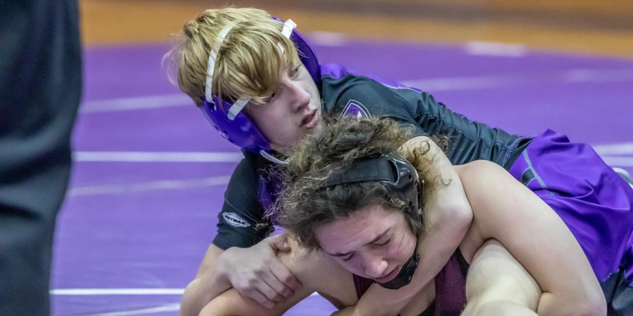 Little Falls wrestlers get win against Sherburne-Earlville