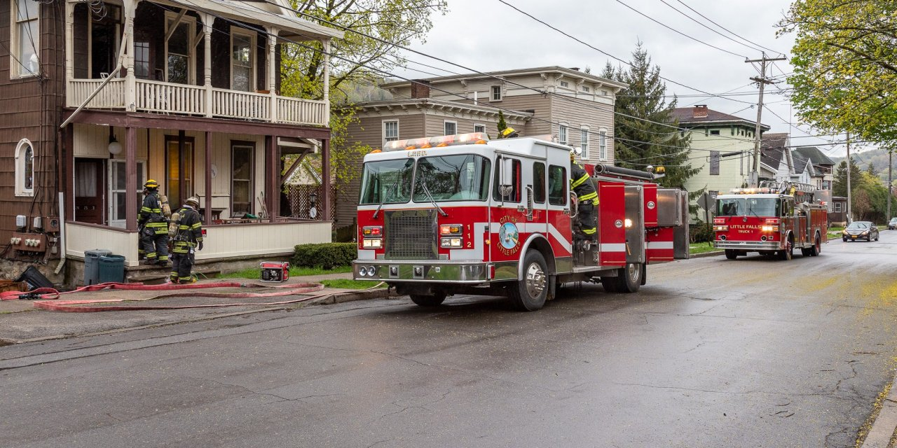 Fire department responds to stove fire
