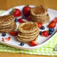 Mini Oatmeal Banana Cottage Cheese Pancakes