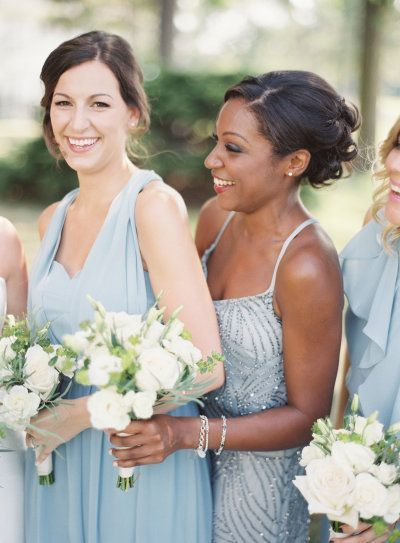 damas de honor color serenity