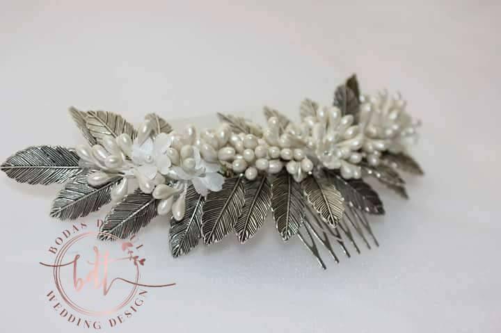 tocado de novia artesanal