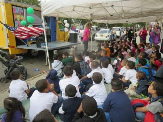 Metro Sunday Sidewalk School teaches Biblical stories.