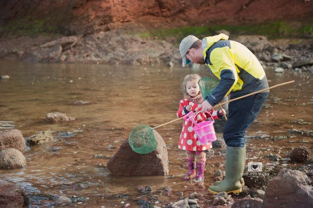 dunbar, edinburgh, scotland, beach, simply, ruby, mr, rabbit, boden, wellies, joules, shore, rocks, sand, dunes, fishing, nets, rock, pools, fishing