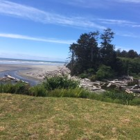 View over Kalaloch Beach next to Kalaloch Lodge.