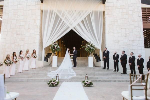 Destination Wedding at Dreams Riviera Cancún Resort
