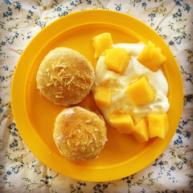 mango coconut scones - my lovely little lunch box