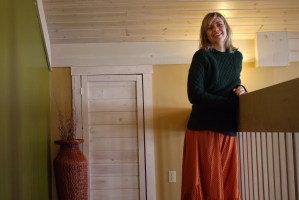 Alba Marina Otero fashion blogger from Mylovelypeople blog shares with you how to style a polka dots long skirt for winter.....