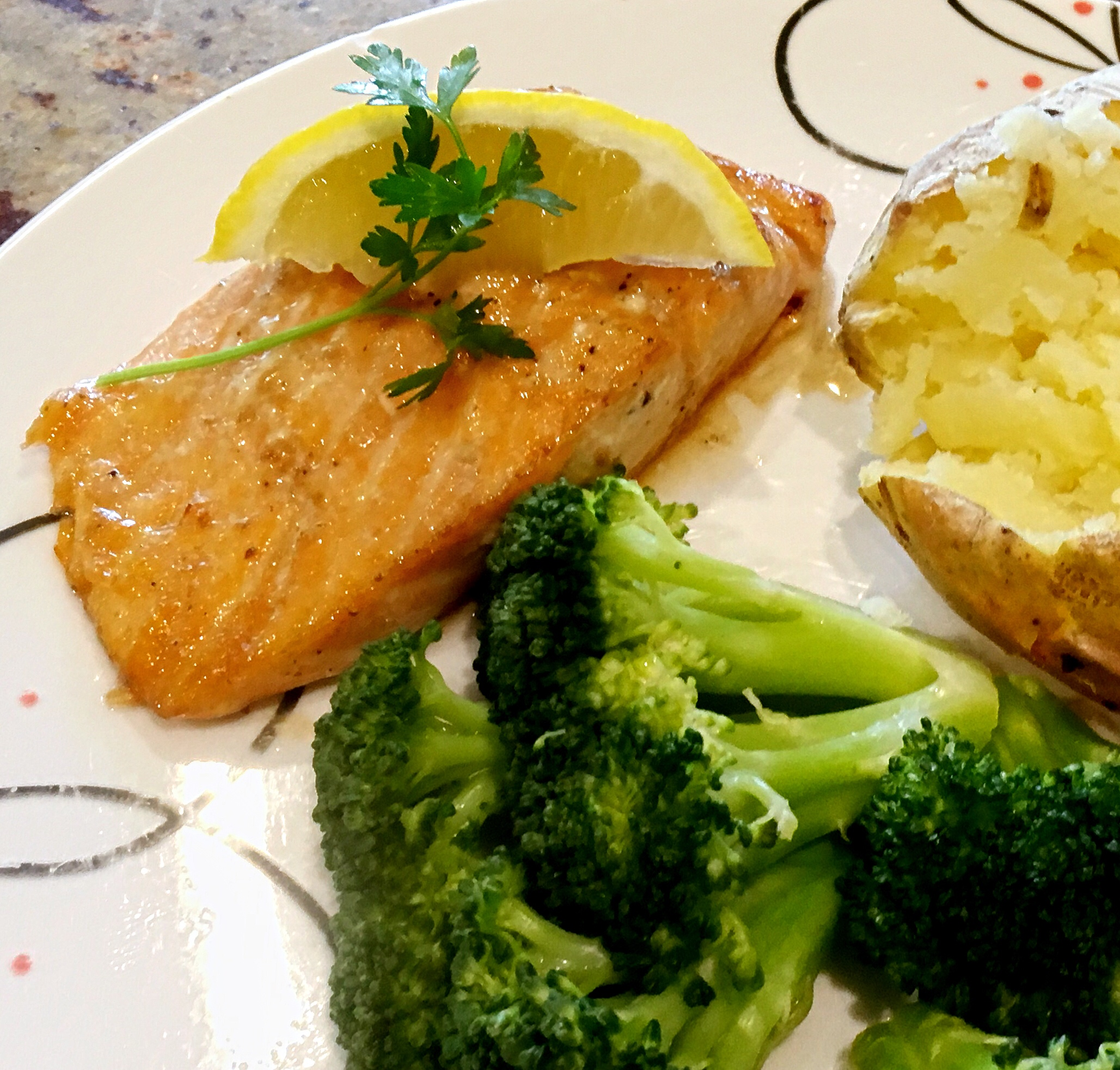 Maple Broiled Salmon Recipe via @susanmylovingoven.com