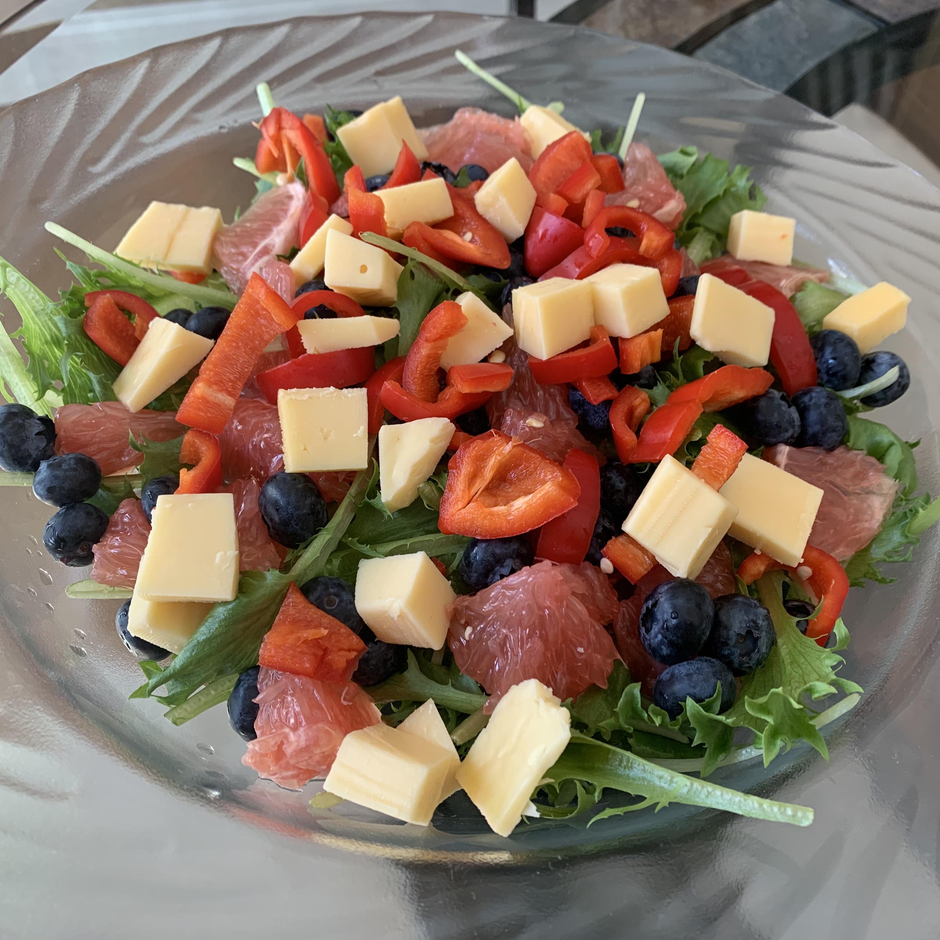 Immunity Boosting Salad! via @susanmylovingoven.com