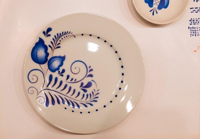 bord met blauw