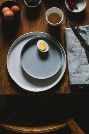 minimal food styling