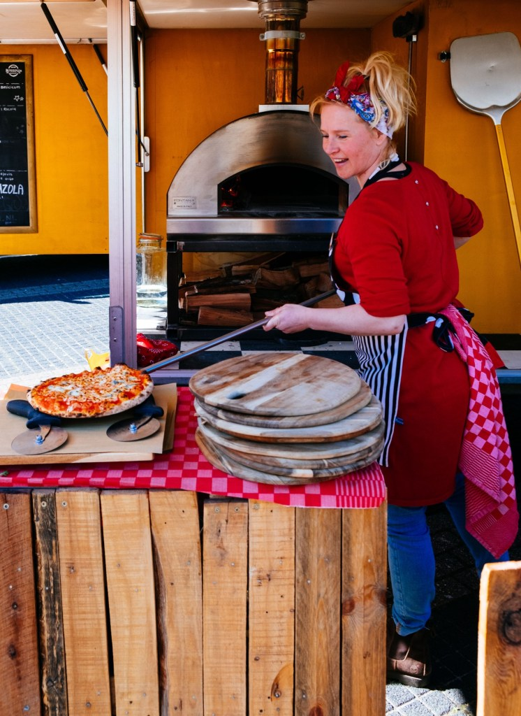 pizza-foodtruck-bruiloft