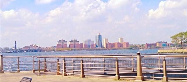 Hudson-River-Park-Cafe-view