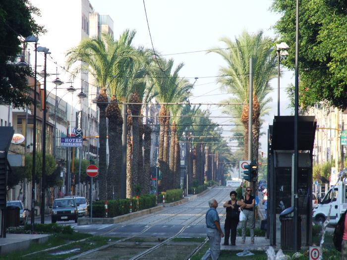 Nuovi orari per i negozi di Messina fino al 30 settembre 2012  My Messina