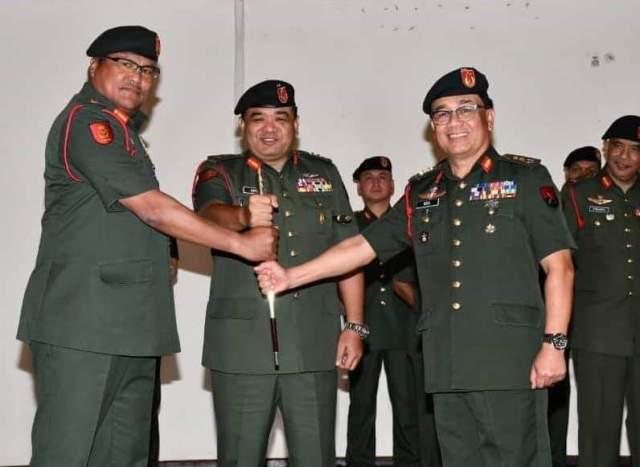 MG Dato' Md Din Hj Abu and MG Dato' Dzulkafli Hj Mustaffa