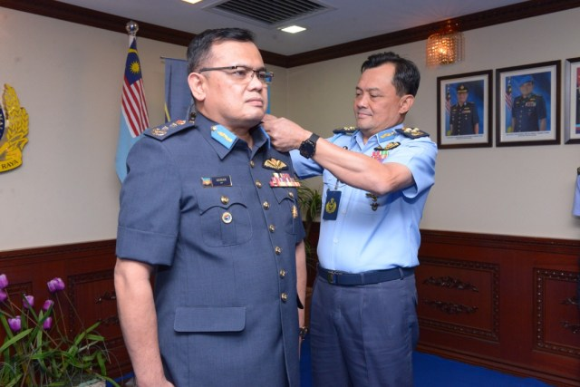 BG Dato' Noor Mohamad Akmar bin Mohd Dom promoted to the rank of MG.