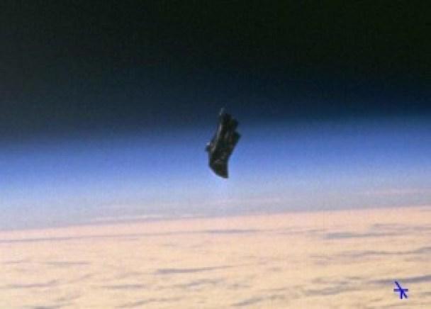 STS8872466_NASA_UFO__115119