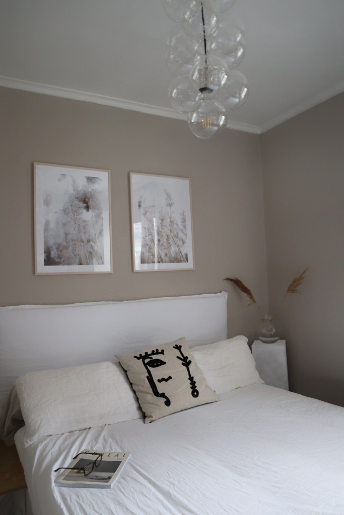 DIY Linen Headboard for Your Bedroom - Create a Bespoke ...